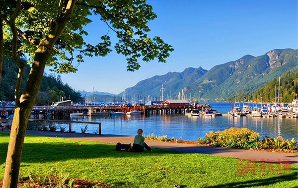 Horseshoe Bay Park3.jpg