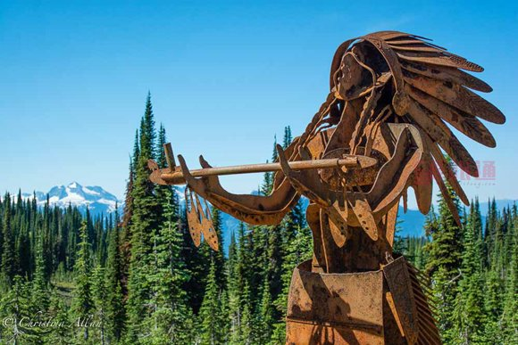 First-Nation-Sculpture-mount-revelstoke-national-park.jpg