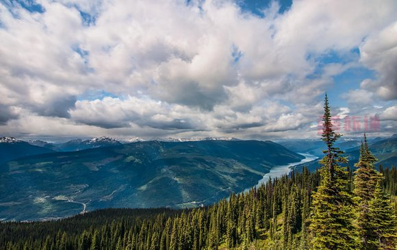 mount-revelstoke-national-park-view-james-wheeler.jpg