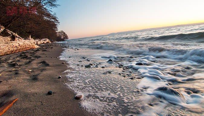 Wreck_Beach.jpg