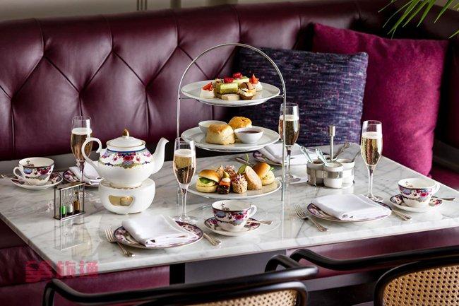 Tea at the Empress2.jpg
