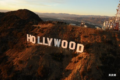 la-me-ln-hollywood-sign-20170415.jpg